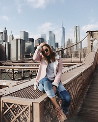 Odette - Nike Air Max 95, H&M Jeans, Missguided Jacket - Brooklyn bridge