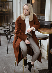 Karolina G -  - Wool coat
