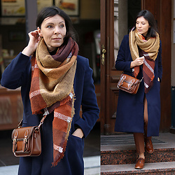 Minimalissmo .. - Zaful Coat, Rosegal Shawl, Zaful Bag - Navy blue coat