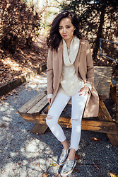 Susan Hang - H&M Sweater, H&M Camel Coat, Zara Metallic Shoes - A Classic Fall Look