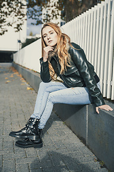Nicola Marleen - Urban Outfitters Leather Jacket, Bik Bok Jeans, Zara Boots - Street Style, Leather Bomber Jacket || Morning Elegance