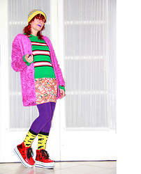 Luna Tiger - Asos Beanie, Romwe Lips Earrings, Asos Fluffy Purple Vest, Asos Stripped Top, Minga London Sushi Red Skirt, Forever 21 Purple Leggings, Forever 21 Animals Socks, Yru Transparent Plateform Sneakers - LIFE IS COLORFUL