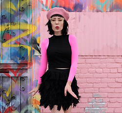 Amy Roiland - Spanx Arm Tights - New look new POP of color