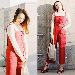 Joy Li - Staud Jumpsuit, Urban Outfitters Sandal, Amazon Fishnet Bag - Holiday season