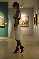 Zsanzseszkova - H&M Studded Pearl Earrings, Topshop Midi Patent Skirt, Bershka High Heels, Second Hand Color Blocked Blouse - Art Gallery Opening