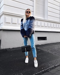 Romina M. - Valentino Sneakers, Zara Fake Fur Jacket, Saint Laurent Bag - Blue | @Donnaromina