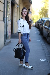 Jelena - Asos High Waisted Jeans, Terranova White T Shirt, Alexander Wang Leather Bag - High waisted jeans
