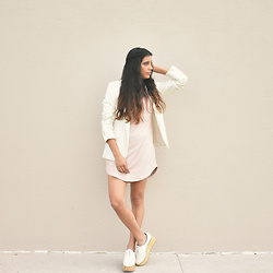 Gabirul C - Tobi Tshirt Dress, Karen Ruz Platform Shoes, Zara Blazer - Blush Pink