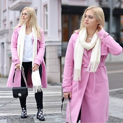 Natalia Piatczyc - Zaful Pink Trench Coat, Zaful Winter Boots With Flowers, Zaful Cashmere Scarf, Zaful Chain Bag, Zaful White Knitted Sweater, H&M Black Pants - Pink Autumn