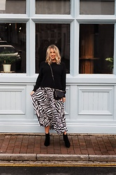 Joanne Christina Lewis - Asos Zebra Skirt - TIPS FOR STYLING A BABY BUMP