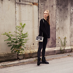 Fanni ♥ - Asos Hoodie, Zara Bag, Lost Ink Boots - Meet Me Later