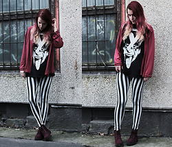 Sofi B. - Boohoo Striped Leggings, Black Printed T Shirt, Red Shirt, H&M Red Leather Boots - Turn off the light and let it grow
