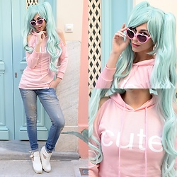 Marina Mavromati - Lupsona Cute Hollow Out Hoodie Dress, Starlight Wigs Wig - -CUTE-