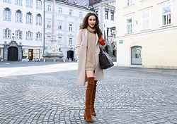 Veronika Lipar - Stuart Weitzman Brown Over The Knee Boots, Michael Kors Brown Tote Bag - THIS OUTFIT NEVER GOES OUT OF THE FASHION