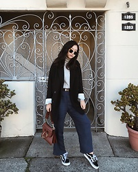Tiffany Wang - Lacausa Clothing Pants, J.W. Anderson Bag, Vans Sneakers, Aritzia Blazer, Mango Turtleneck - COMFY PANTS