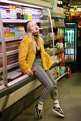 Lilian A - Pull & Bear Yellow (Fake) Fur Coat, Monki Red White Blue Striped 80's Fit Jeans, Unif Fiona Hat, Fila Sport Socks, Vans Platform Sneakers - Fear and loathing
