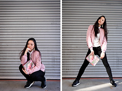 Thong Jean Lim - Gucci Pouch, Missguided Pink Bomber, Uniqlo Turtleneck Top - When spring just started