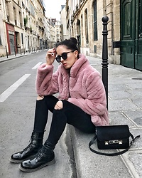 The Day Dreamings - Loavies Jacket Faux Fur, Zara Skinny Jeans, Proenza Schouler Bag, Loavies Boots - Pink mood
