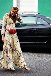 Malia Keana -  - Gucci Turban Maxi Dress
