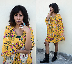 Naznin Suhaer - Romwe Lace Up Botanical Smock Dress - YELLOW WINTER
