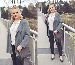 Kasia Koniakowska - Zaful Coat, Zaful Blouse, Bonprix Pants, Aliexpress Bag - First outfit autumn