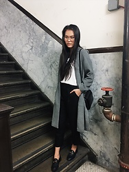 Sunme Oh - Alexander Wang Bag, Gucci Loafers, Oak + Fort Pants, H&M Coat - Neutral palette