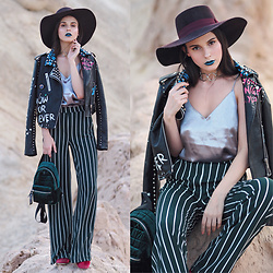Yana P - Hat, Trousers, Nyx Lipstick, Sock Boots, H&M Top - Desert Party