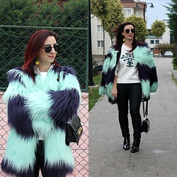 Rebel Takipte - Lovelywholesale Fur Coat - Fur Coat