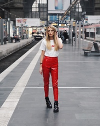 Laura Simon - Asos Red Pants, River Island Black Boots, Boohoo White Shirt - Red Pants with Cut-Out Boots