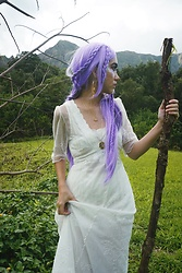 Sera Brand - Nataya Titanic Dress In Ivory, Vanessa Mooney Pisces Necklace - Dream State