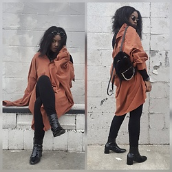 Yasha Aine - Forever 21 Patent Leather Ankle Bootd, Yasha Vintage Mens Button Down, Forever 21 Black Fuzzy Knapsack, Asos Turtleneck Black - Gimme a paint brush.