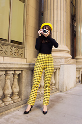 Carolina Pinglo - Romwe Yellow Plaid Pants, Ardene Black Top - Yellow Plaid Pants