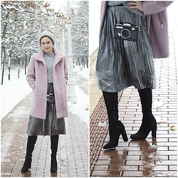 Marijana M - H&M Blush Pink Coat, Vipshop Silver Pleated Skirt, Dresslily Camera Handbag, Officeshoes Over The Knee Boots, H&M Grey Sweater, H&M Grey Pom Pom Beanie - Blush Pink coat