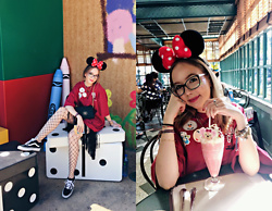 Karina Bogdan - Bubba Gump Co. Shirt, Moschino Bag, Urban Outfitters Tights, Vans Sneakers, Pandora Ring, Michael Kors Watch, Furla Glasses, Zara Shirt - Minnie in Disneyland Hong Kong
