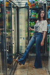 Sami Mauskopf - Nasty Gal Bell Bottom Jeans, Pink Floyd Graphic Tee - We, Like Books