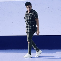 ALLEN M - Zara Oversized Plaid Cut Out Shirt, Zara Distressed Knee Denim, Nike Roshe - KHAKI KRAZE