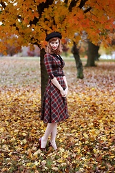 Bleu Avenue Ofbleuavenue - Unique Vintage Trudy Plaid Swing Dress - Plaid Fall