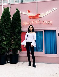 Day Ji -  - Pink Pool Cafe