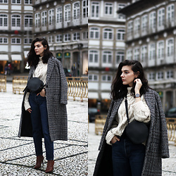 CLAUDIA Holynights - Metisu Plaid Coat, Chic Wish Chunky Knit Sweater, Vipshop Round Bag, Porf Brown Boots - Chunky knit and plaid