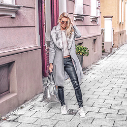 Vera Hutterer - Dolce & Gabbana Vintage Style Metal Sunglasses, Ted Baker Faux Fur Collar Skirted Coat, Patrizia Pepe Grey Sweater, Loqi Metallic Silver Backpack, Nike Air Max Trainers In Beige - Grey Coat with Sneakers & Backpack