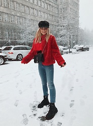 Romina M. - Zara Red Fake Fur Jacket, Saint Laurent Bag, Pull & Bear Boots - Snow | @Donnaromina