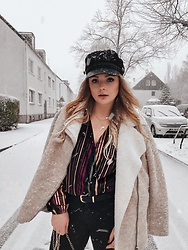 Caroline Kers - Pull&Bear Body, H&M Hat - Winter days