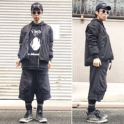@KiD - (K)Ollaps Noise Music, Vmo Violent Magic Orchestra (Japanese Noise Band Tee), Avalone Black Jacket, P.A.M Sweat Shorts, Harris Brown Studs Sneaker - JapaneseTrash258