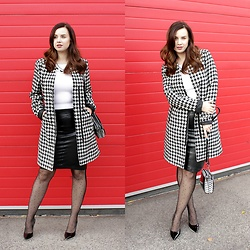Drew - Orsay Coat, Orsay Handbag, Lukzu Design Necklace, Bepon Nylons, Sammydress Heels - Black&white