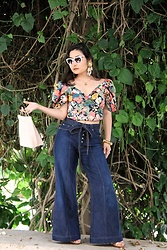 Kristen Tanabe - Zara Floral Puff Sleeve Blouse, 7 For All Mankind High Waisted Jeans, B.P. Metal Ring Purse, Vintage 80s Earrings, Alexander Mcqueen Cat Eye Sunnies, Reed Krakoff Heeled Nude Sandals - Vintage Florals
