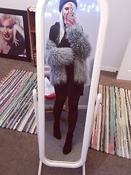 Syla Sassowna - H&M Faux Fur Coat - Furry Friend