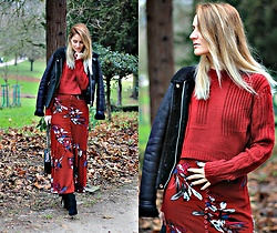 Ruxandra Ioana - Zaful Sweater, Zaful Skirt - Nevermind