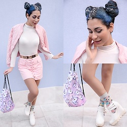 Marina Mavromati - Zaful Skirt, Zaful Unicorn Backpack, Happy Socks Diamond - -Oh My Stars!!!-