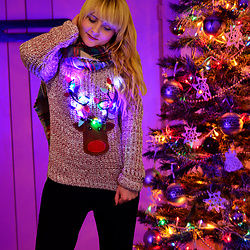 Wioletta M - Christmas Sweater Diy - Christmas Sweater with Lights! DIY