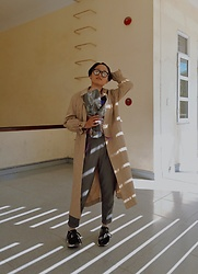 Aww Nhi - Adidas Nmd Runner, Burberry Trenchcoat - A Sunny Winter Day